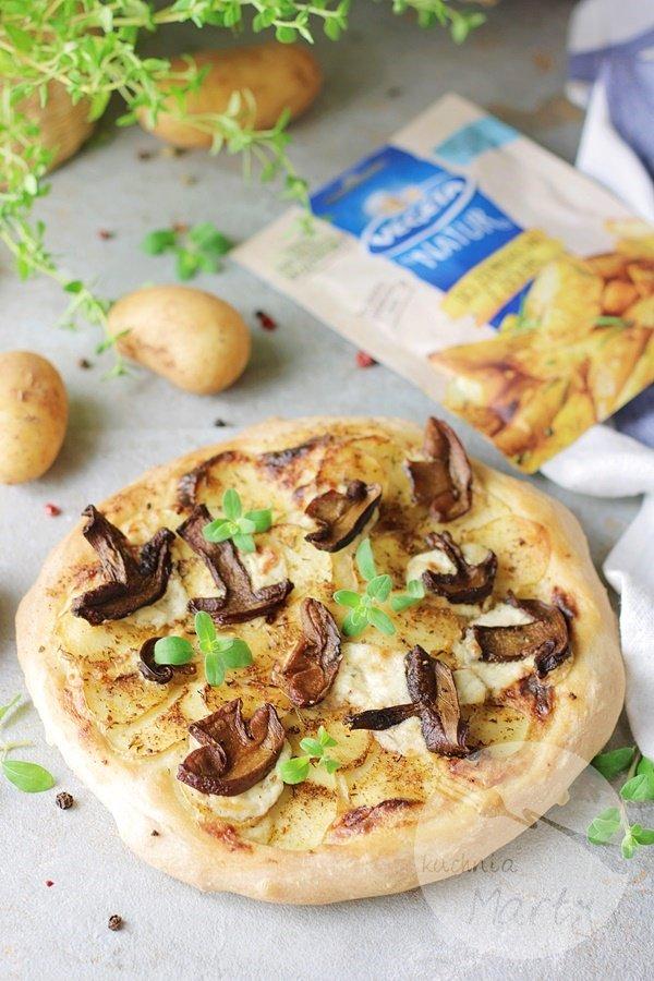 6820 - Pizza z młodymi ziemniakami i grzybami