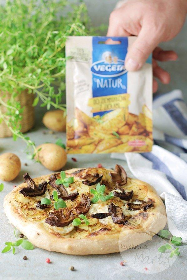 6842 - Pizza z młodymi ziemniakami i grzybami