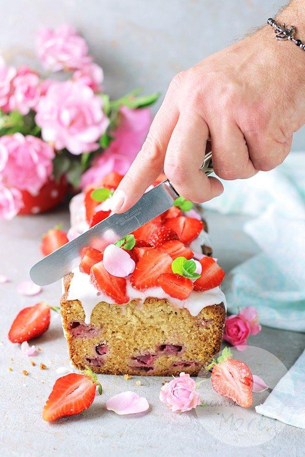 8016 - Szybkie ciasto z truskawkami
