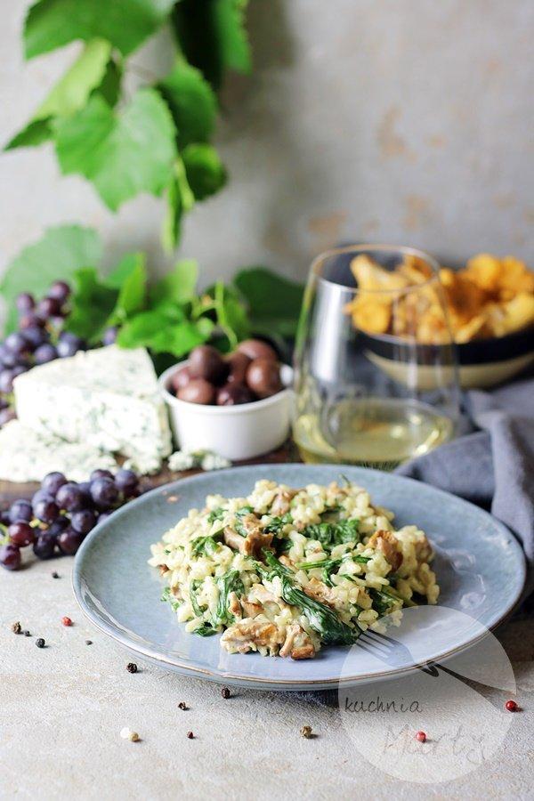 Risotto z kurkami i serem pleśniowym